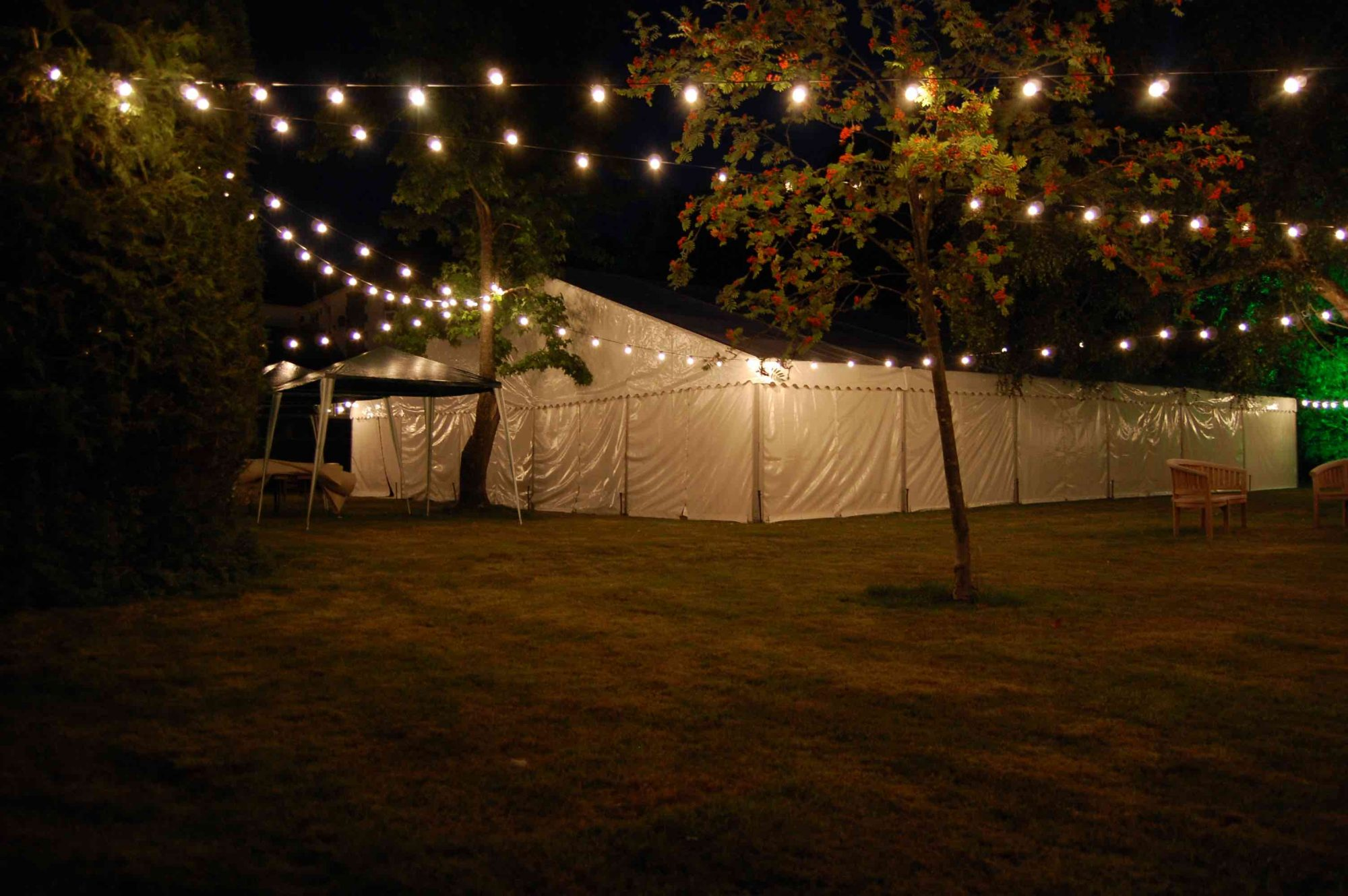 Outdoor Wedding Festoon Lighting Hire