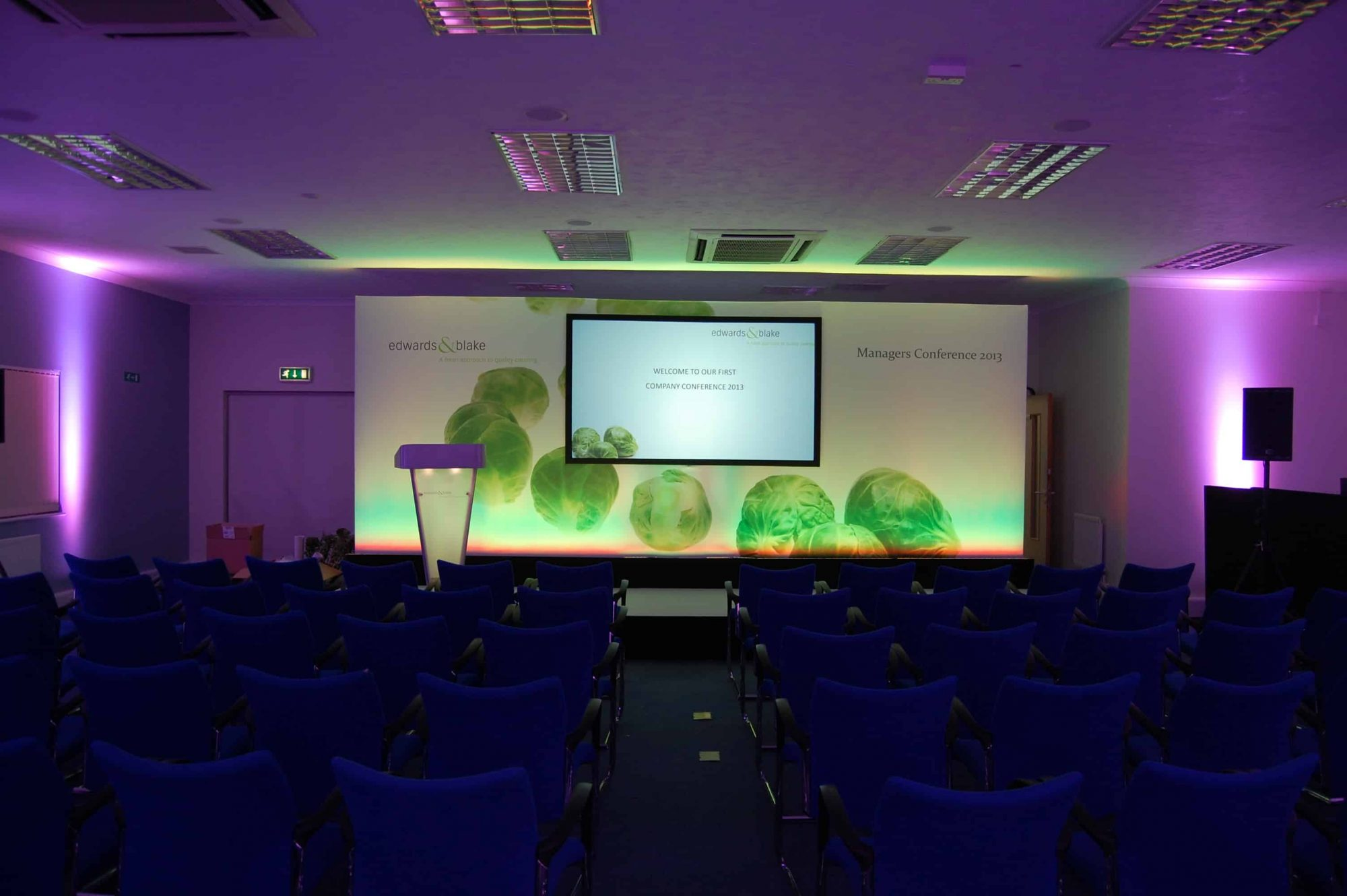 A Full Print Set with Rear Projection Uplighting and Lectern 1