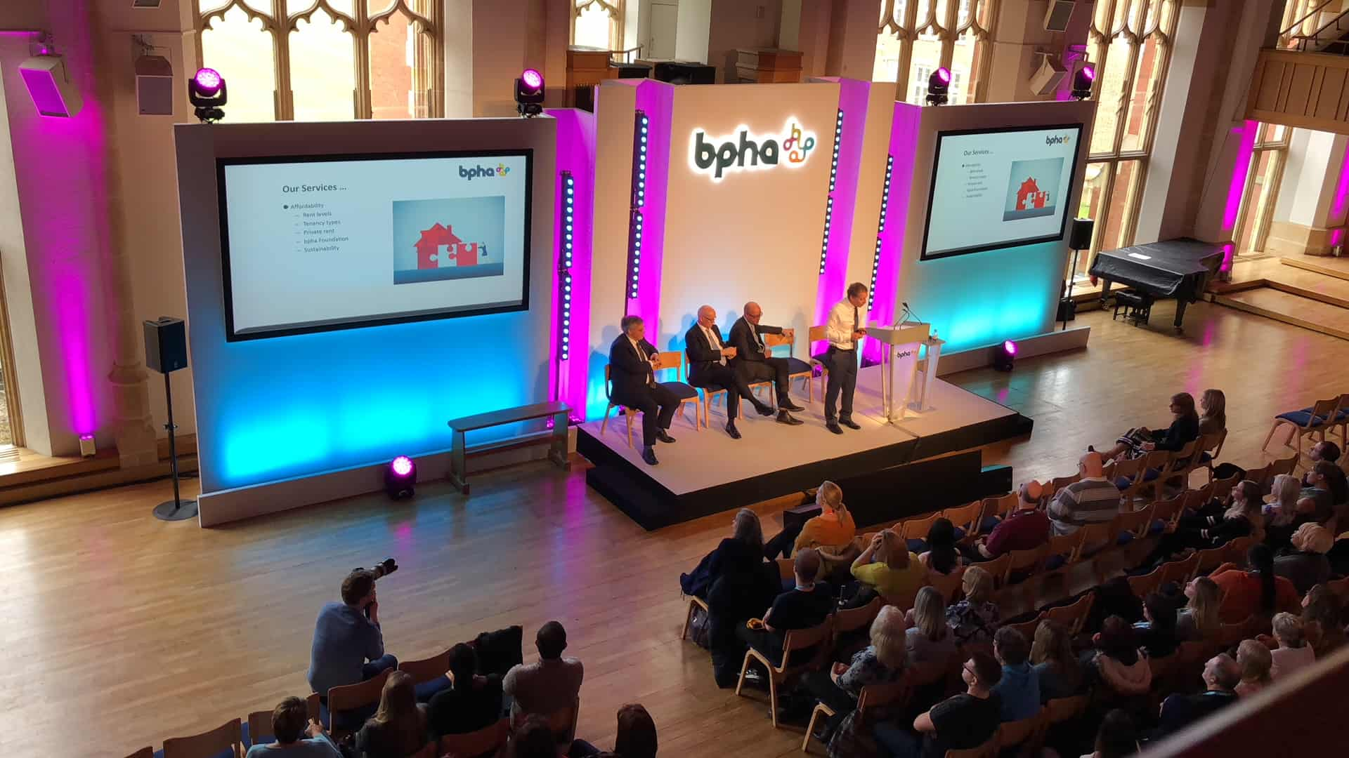 Projector screen and lighting hire for conference